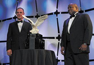 award2-1